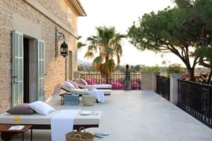 Kleine Version von: Holistic Retreat Cal Reiet 1st Terrace Main House