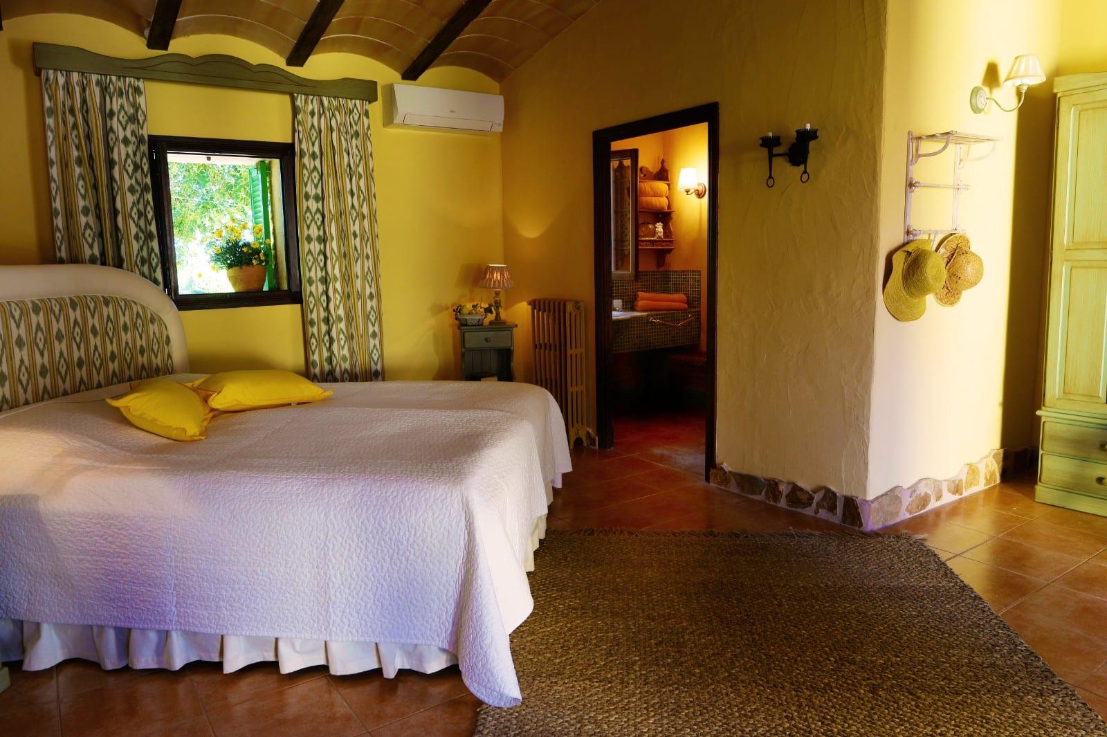 ISLA 01 Finca Santanyi Bedroom 2