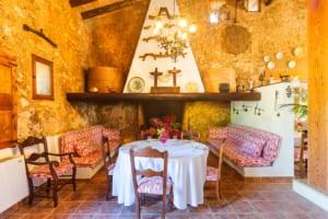 Kleine Version von: ISLA Finca Hotel Can Gaia Kaminzimmer
