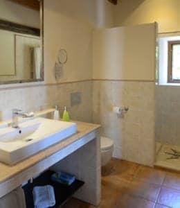 Kleine Version von: ISLA Finca Travel Sa Pletassa Badezimmer