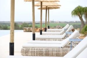 Kleine Version von: ISLA Hotel Es Turo Ses Salines Sonnenliegen
