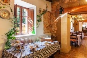 Kleine Version von: ISLA-Travel-Finca-Hotel-Mallorca-Frühstücksbuffet