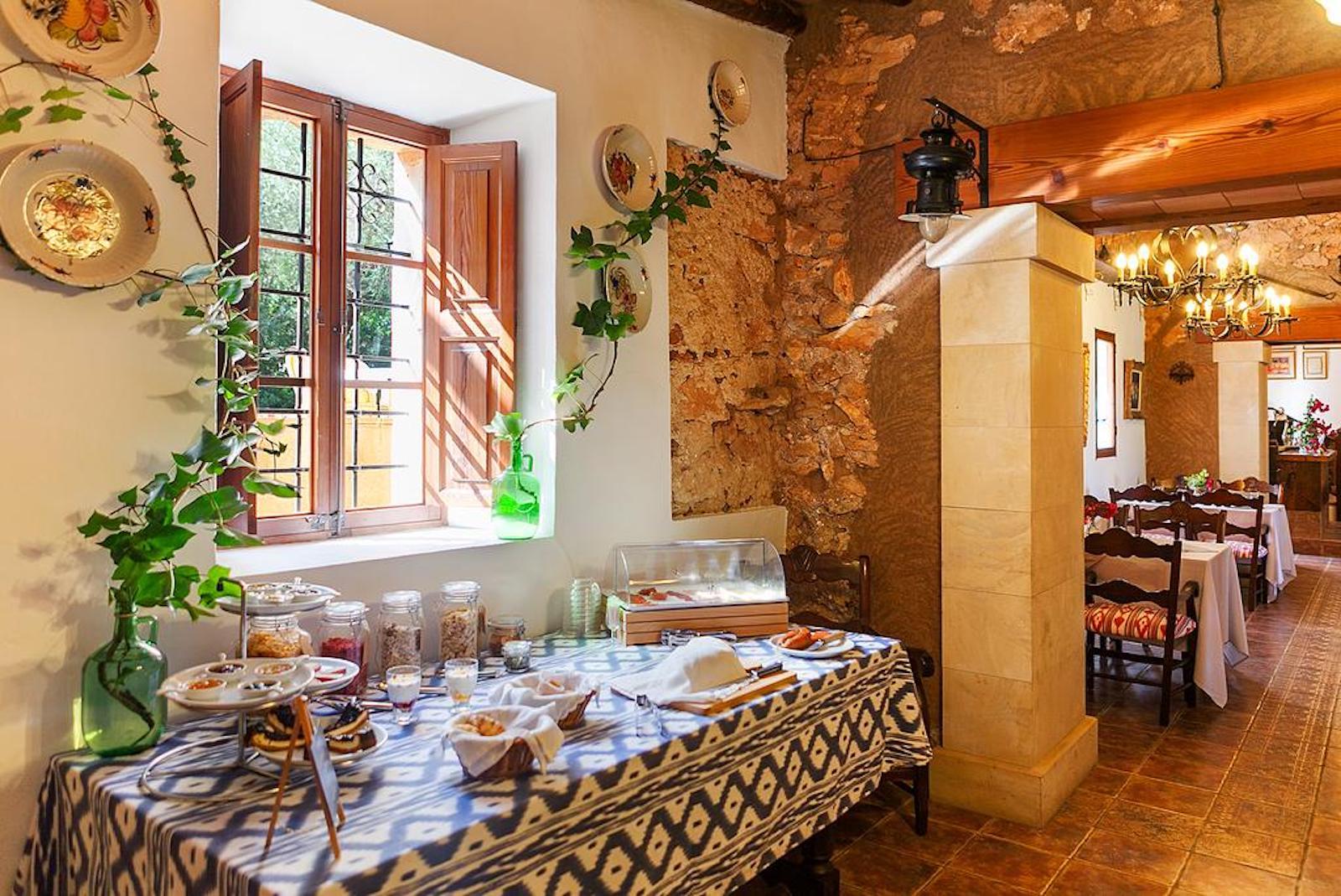 ISLA-Travel-Finca-Hotel-Mallorca-Frühstücksbuffet