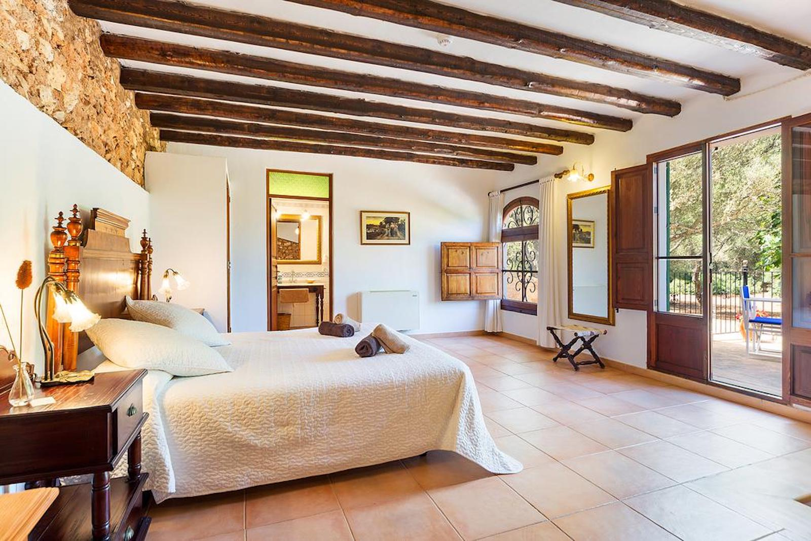 ISLA-Travel-Finca-Hotel-Mallorca-Juniorsuite-