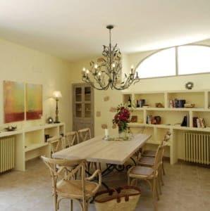 Kleine Version von: Stadthaus Casa Mar Esszimmer 2