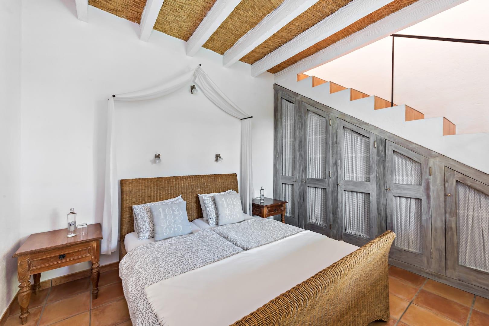 ISLA-Travel-Amapola-Maisonette-Suite-SZ TulipanHiedra (1)
